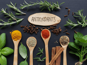 Antioxidants: The Superheroes of Nutrition in Cancer