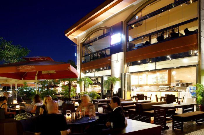 Zaks restaurant Discovery Bay