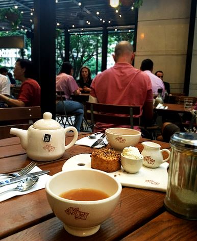 le-pain-quotidien-afternoon-tea