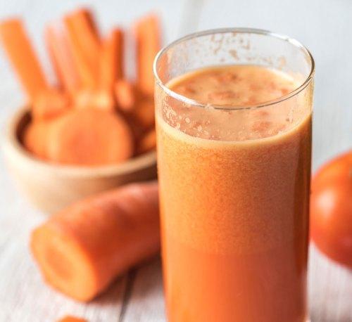 come-depurare-il-fegato_succo-carota