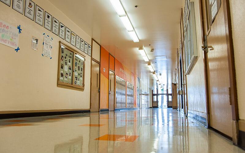 Les couloirs du lycée Huntington Park High School