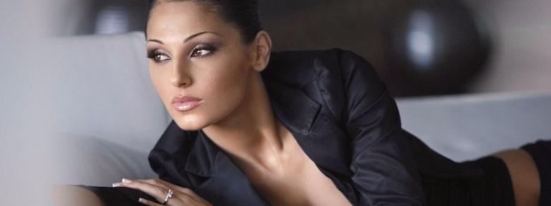 Anna Tatangelo: rifatta e sicura di sé