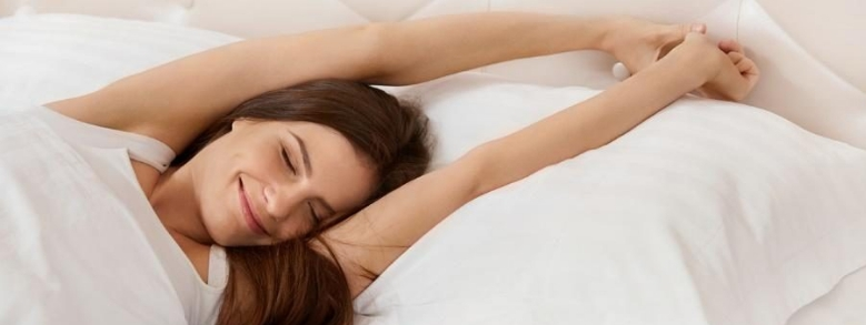 Il binomio vincente per la felicità? Sesso e sonno