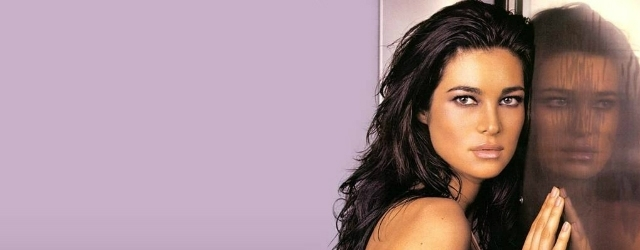 Manuela Arcuri diventerà una sexy mamma