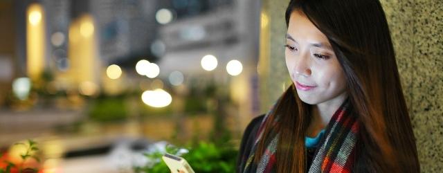"""Per le donne cinesi meglio incontrarsi """"in smartphone"""" che a letto"""