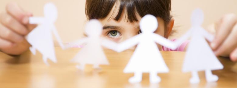 Responsabilità legale di un minore per due genitori divorziati