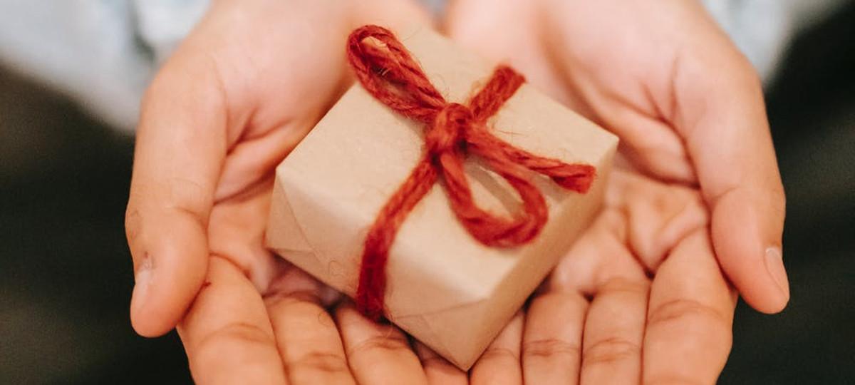 Come chiedere il perdono al partner con il regalo adeguato