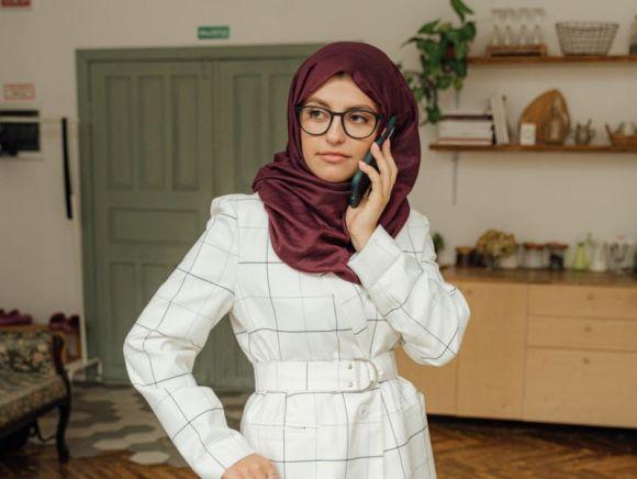 Come capire se una persona mente al telefono