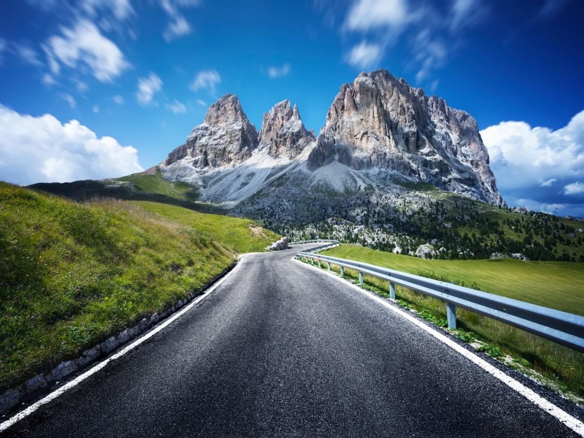 Dolomites Banner 3