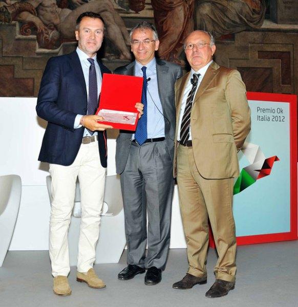 Foto della consegna del premio Ok Italia 2012
