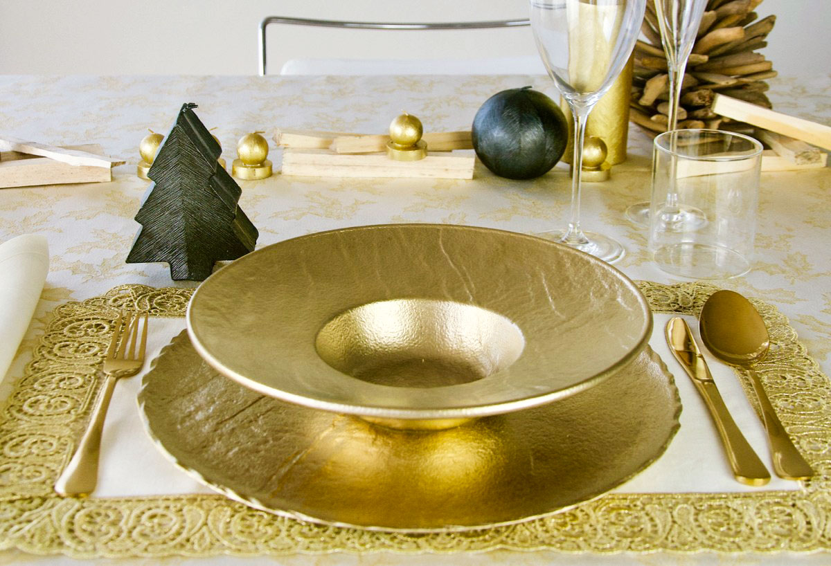 Tovaglia Nera E Oro la tavola di natale elegante e moderna: oro e nero - tognana