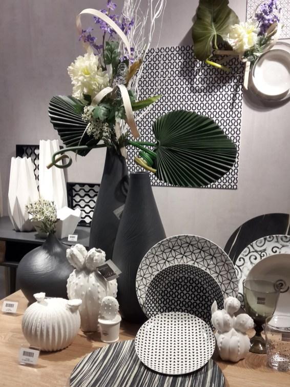 tognana-homi-2019-tavola-bianco-e-nero