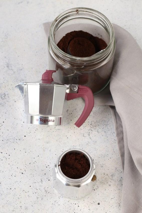 Preparare il caffè con la moka