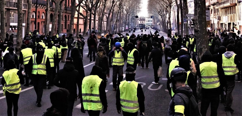 Les Gilets Jaunes: A Discovery of Revolution