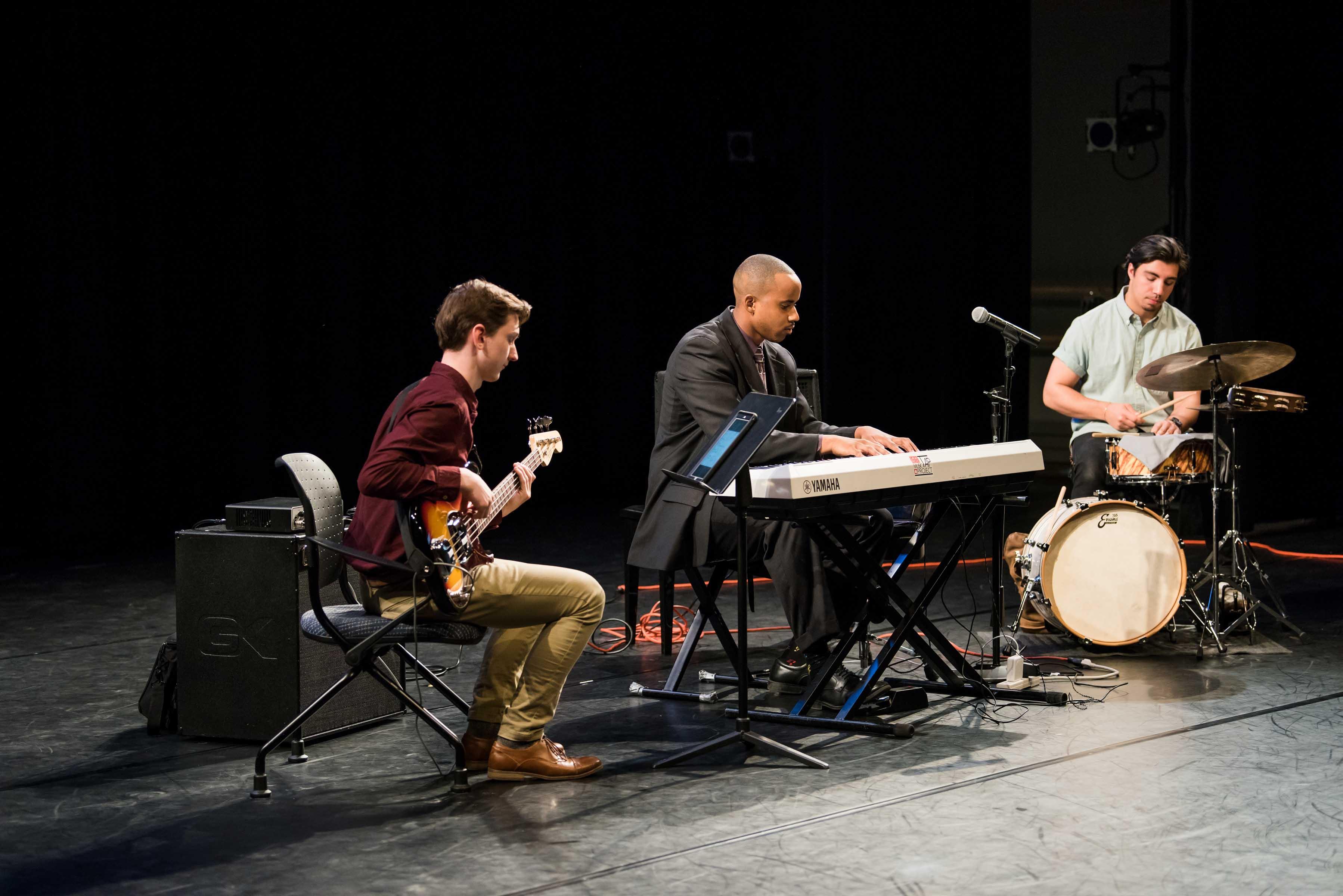 Ellington Carthan music performance