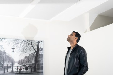 Murthy looks up at ceiling
