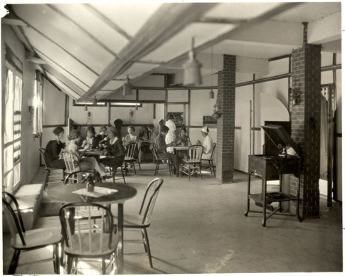 Students enjoy refreshments and music from a Victrola in the Willard tea room, circa 1925.