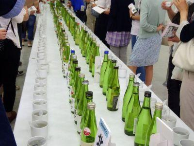 日本酒をたくさん味わえる楽しめるイベント「日本酒フェア2015」!