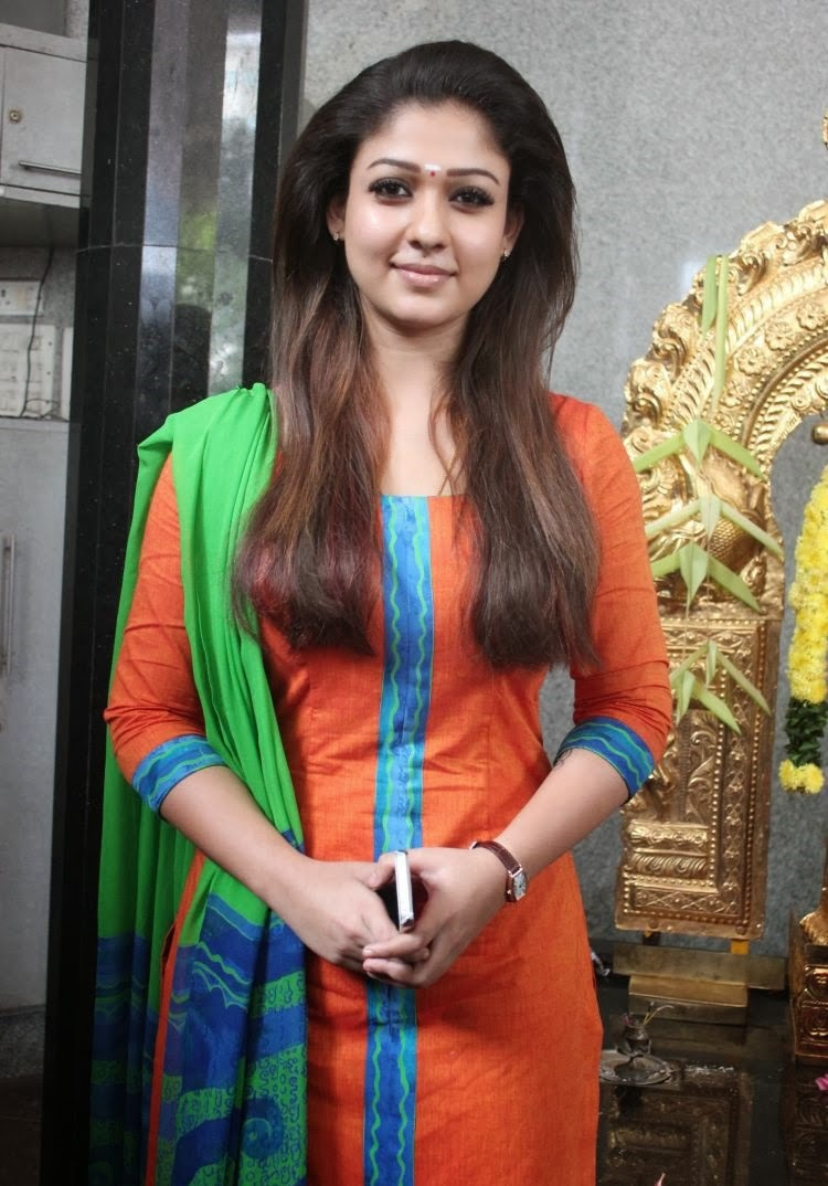 Bhavana Cute Hd Wallpapers Nayanthara Hd Images 25 Cute Pictures