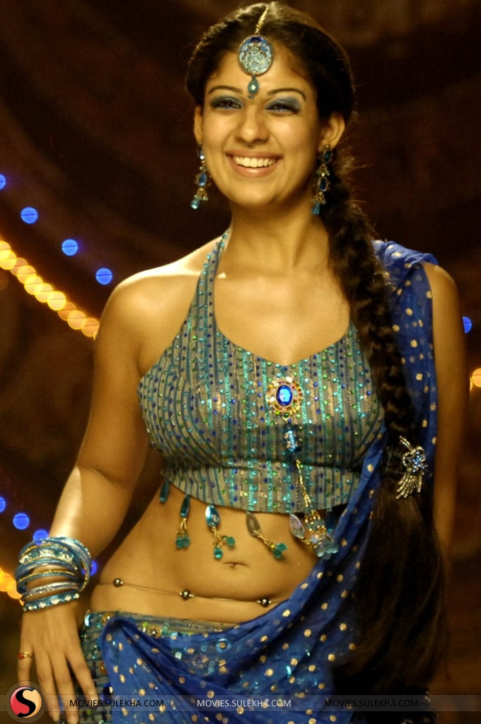 Meena Cute Wallpapers Nayanthara Hd Images 25 Cute Pictures