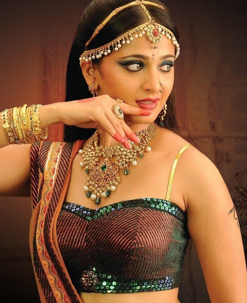 Anushka Shetty Cute Wallpapers Anushka Images 20 Hd Collections