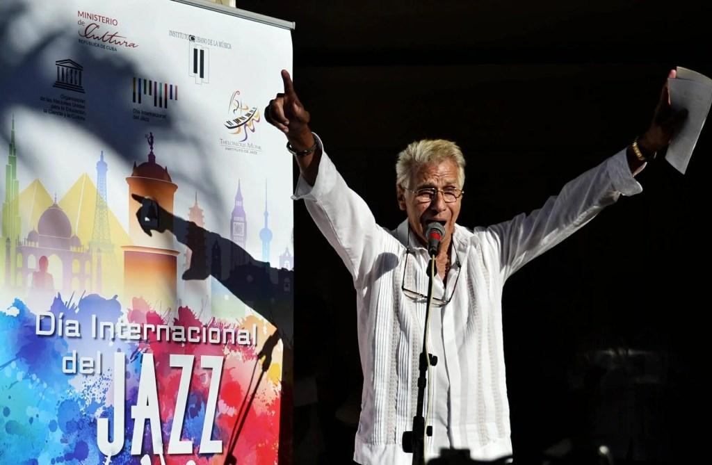 Bobby Carcasses en la celebración del Día Internacional del Jazz en La-Habana Cuba. Foto: Alba León.