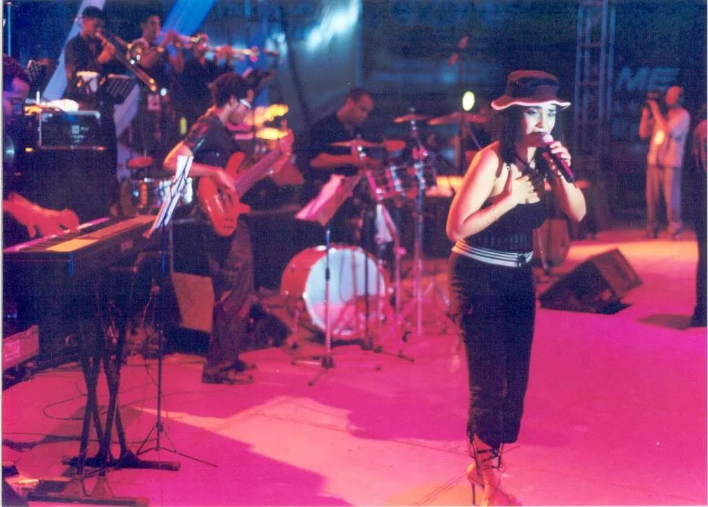 Aymée y su grupo, años atrás. Foto: Cortesía de la entrevistada.