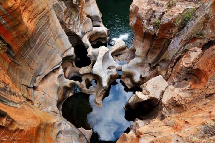 Vista dall'alto dei Bourke's Luck potholes, nel Blyde River Canyon.