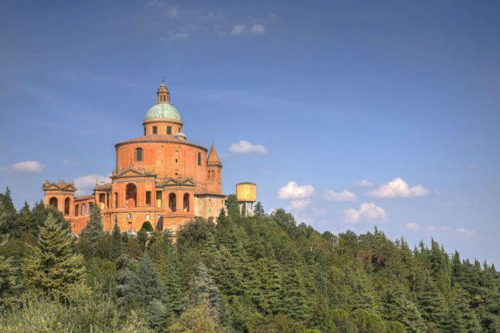 Santuario di San Luca appena fuori dal centro di Bologna