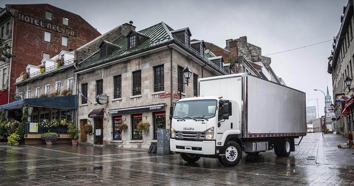 Vieux Montréal déserté par les touristes - Photo Isuzu Truck