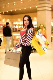 Came For Shopping This Ramzan at Dolmen Mall (3)