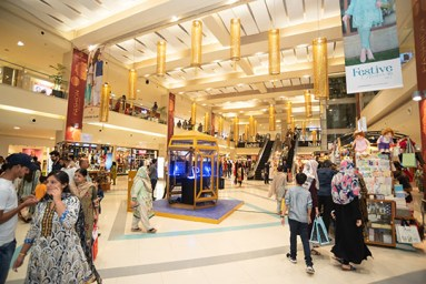 Came For Shopping This Ramzan at Dolmen Mall (6)