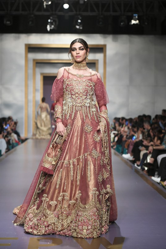Shiza Hassan day 3 @ fpw 2019 (19)
