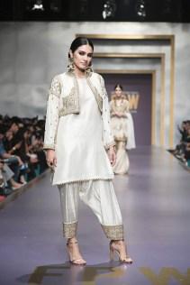 Zainab Chottani day 3 @ fpw 2019 (13)