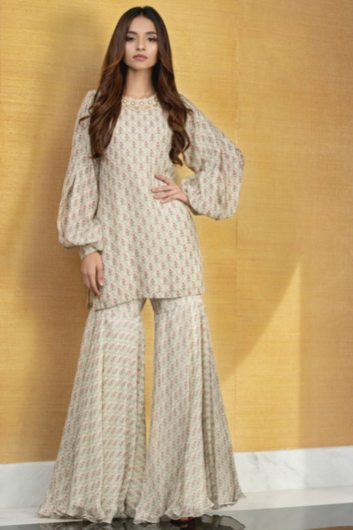What is in Store Mina Hasan Creates A Collection With The Memories Of Noor Jehan (12)