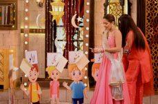 Actress Ayesha Omar's Pictures in Morning Show of Nida Yasir (6)