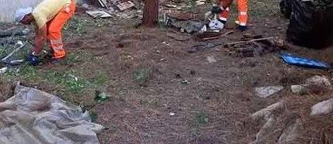 Gaetano Cimmino, sindaco di Castellammare di Stabia, fa sapere dalla propria pagina Facebook che sono iniziati i lavori di pulizia e scerbatura delle scuole stabiesi.