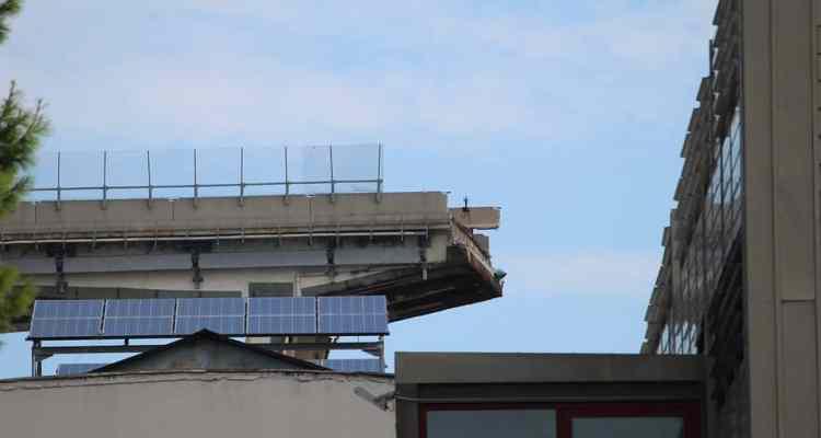 tesserino da giornalista a Giovanni Battiloro, videomaker torrese morto durante il crollo del ponte Morandi
