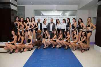 Ecco tutte le ragazze con il patron Alberto Cerqua