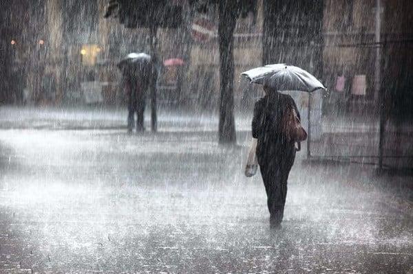 Allerta Meteo Campania. Saranno ore intense le prossime in Campania. Allerta meteo sino a domani. Il bollettino della Protezione Civile