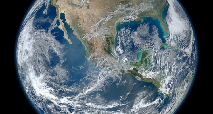 La quarantena mostra effetti positivi anche sull'ambiente. Anche la Terra ringrazia il nostro stare a casa. Ripartire anche da questo.