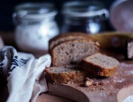 Banana Bread cu nuci si stafide – Reteta