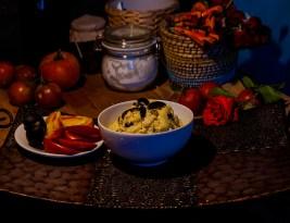 Salata romaneasca de cartofi cu maioneza si castraveti murati