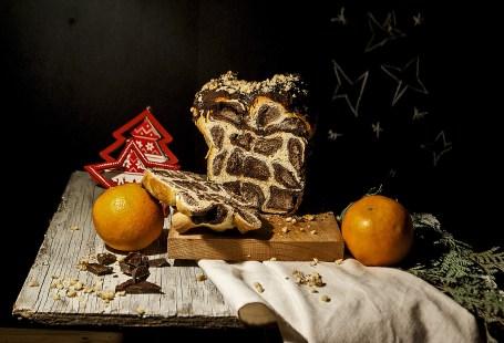 cozonac leopard cu crema de ciocolata si nuci
