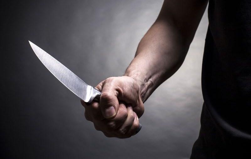Pobił partnerkę, ranił nożem mężczyznę, który chciał jej pomóc