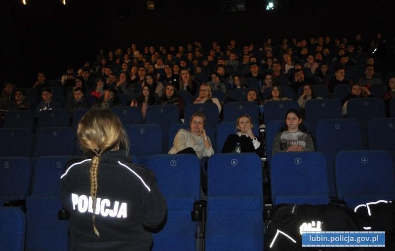 Lubińska Policja kontra przemoc i dyskryminacja w szkole