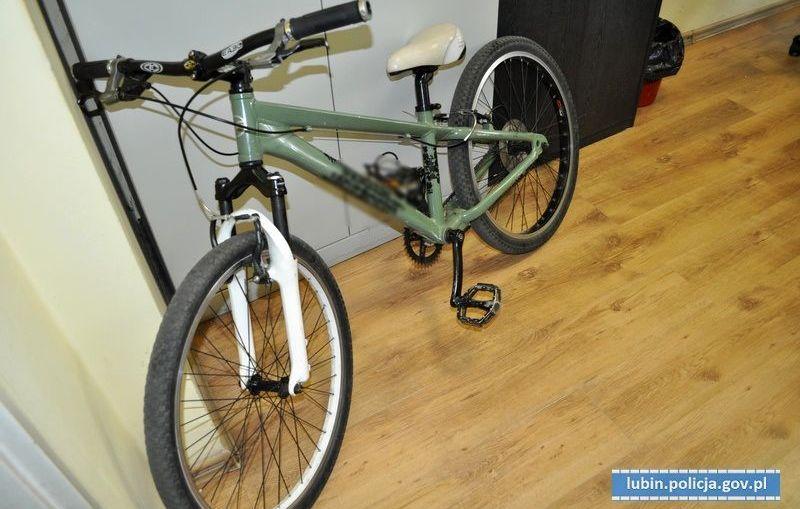 Nieletni amatorzy rowerów namierzeni, a rower odzyskany