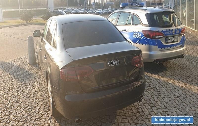 Kierowca odurzony narkotykami, a wewnątrz pojazdu kolejne porcje