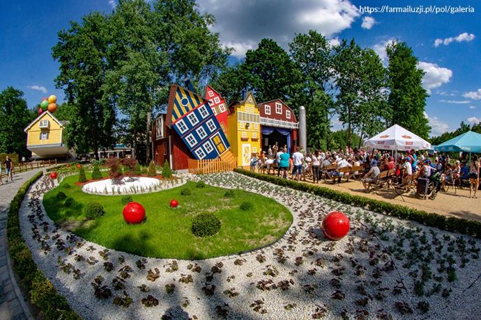 Najlepsze parki rozrywki dla dzieci - Farma Iluzji