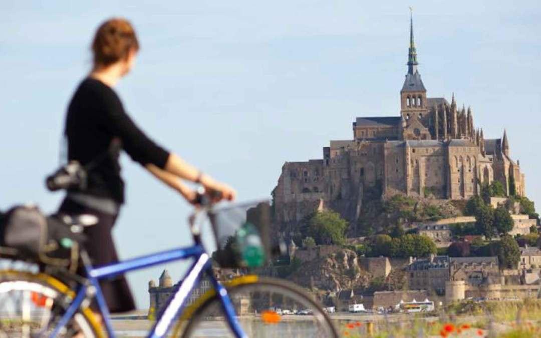 Francja – Mont-Saint-Michel zrewaloryzowane
